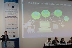 Professor Michael Nelson provides insight into the Cloud & Internet of Things