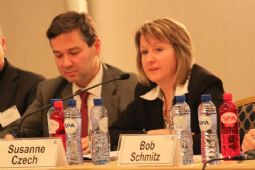 David Mair (European Commission) - moderator of Session 3 - and Susanne Czech, Secretary General, EMOTA